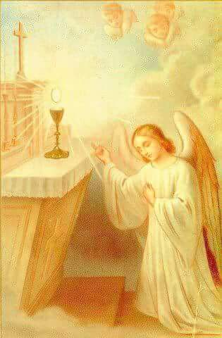 Angel in front of Eucharist
