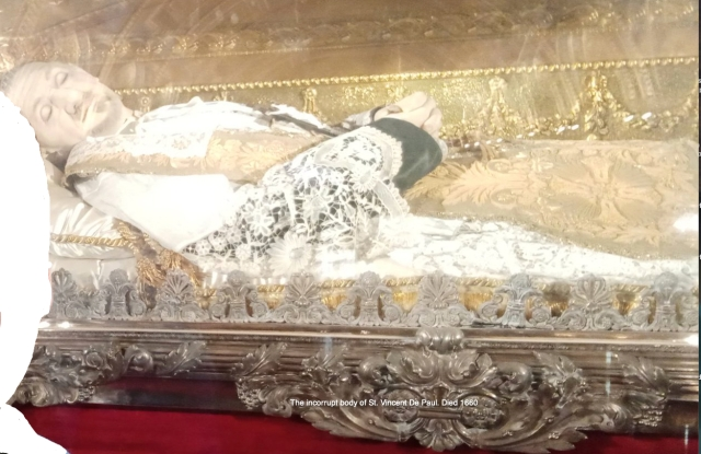 St. vincent De Paul incorrupt body.jpg